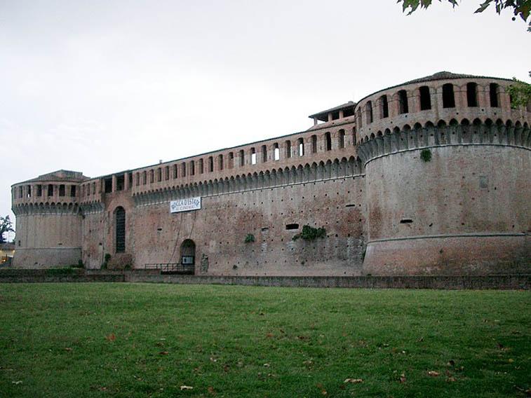 Rocca_Sforzesca_-_Imola